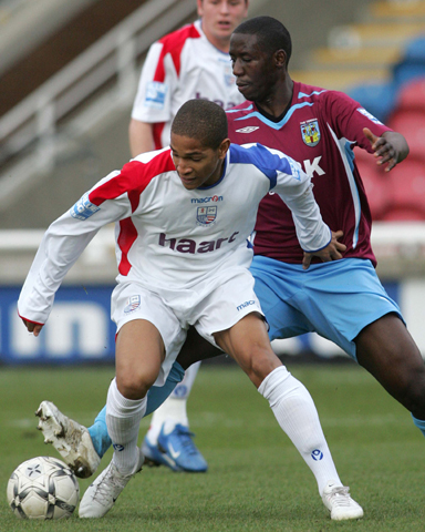 Simeon Jackson turns Joel Kitamarike